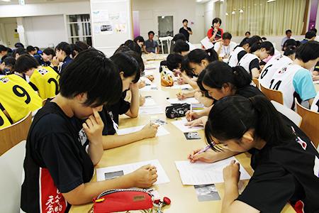 FLVユースアカデミー 文武両道場2018の様子